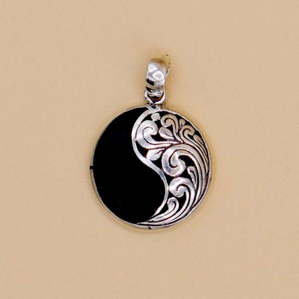 yin yang anhänger mit onyx
